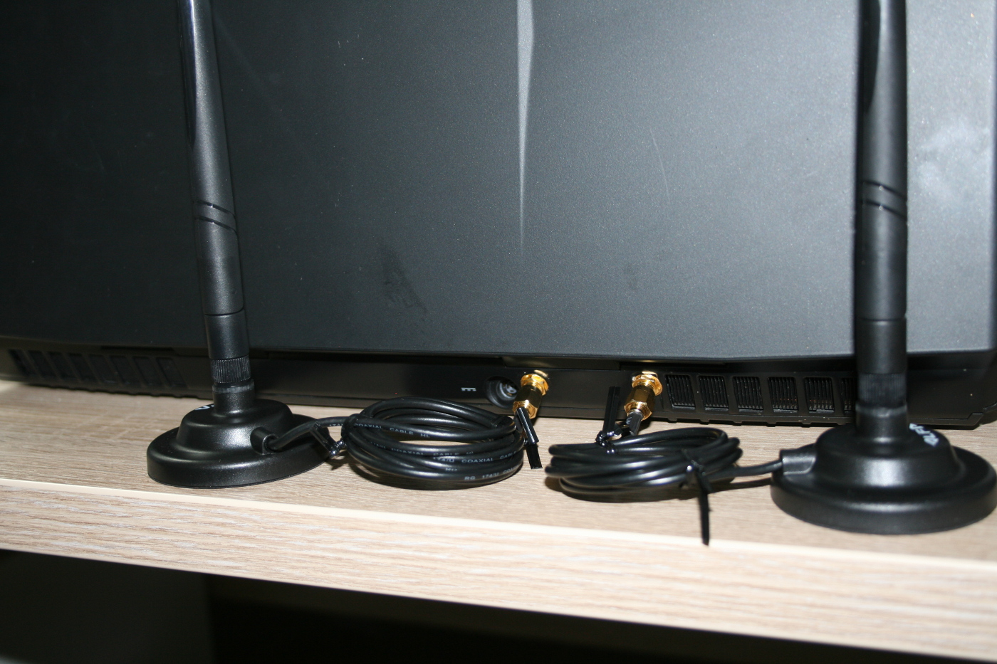 34-montage-avec-supports-antennes