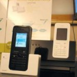 Le premier téléphone Skype Wi-Fi disponible début 2006